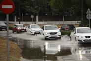 Las lluvias causan nuevas inundaciones en Madrid y cancelaciones de vuelos en Barajas