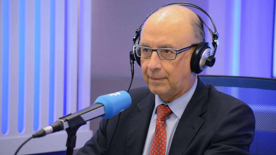 'La Linterna' entrevista al ministro Montoro
