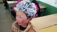 La imagen de un niño chino congelado da la vuelta...