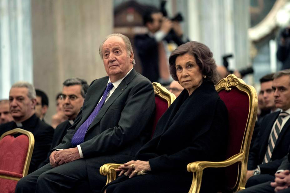 Juan Carlos I y Sofía inauguran nueva iluminación Basílica de Santa María la Mayor