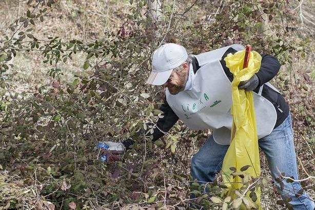 Más de la mitad de los españolas está preocupado por la contaminación de los espacios naturales