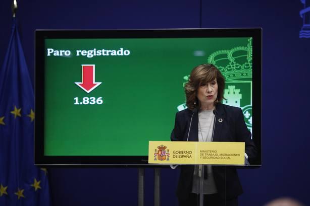La secretaria de Estado de Empleo, Yolanda Valdeolivas, presenta los datos de paro