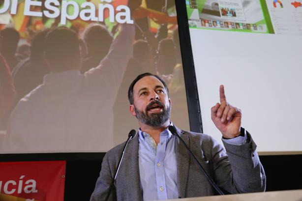 Santiago Abascal señala que Moreno deberá aplicar en Andalucía una parte importante del programa de Vox