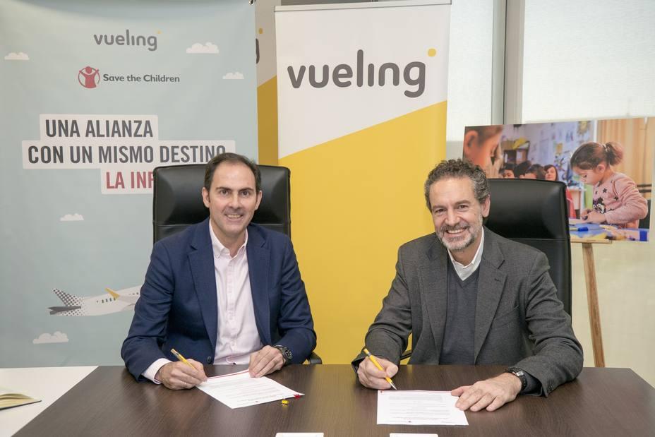 Clientes de Vueling donan más de 230.000 euros a Save the Children para niños refugiados en Serbia