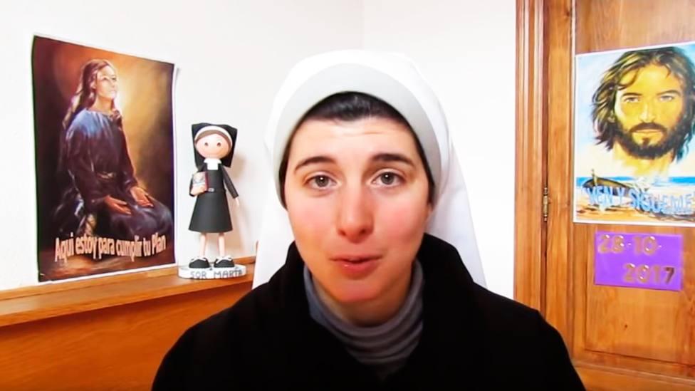 Sor Marta tiene 23 años, lleva cinco en el monasterio y acumula más de 1.000 seguidores en YouTube
