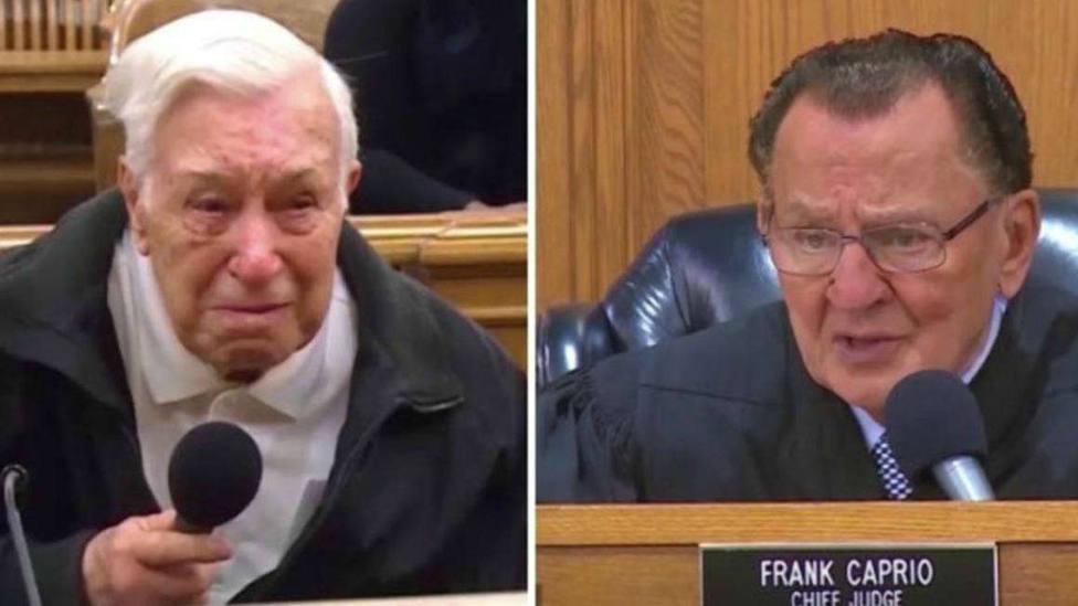 La emotiva sentencia de un juez al descubrir por qué multaron a un hombre de 96 años