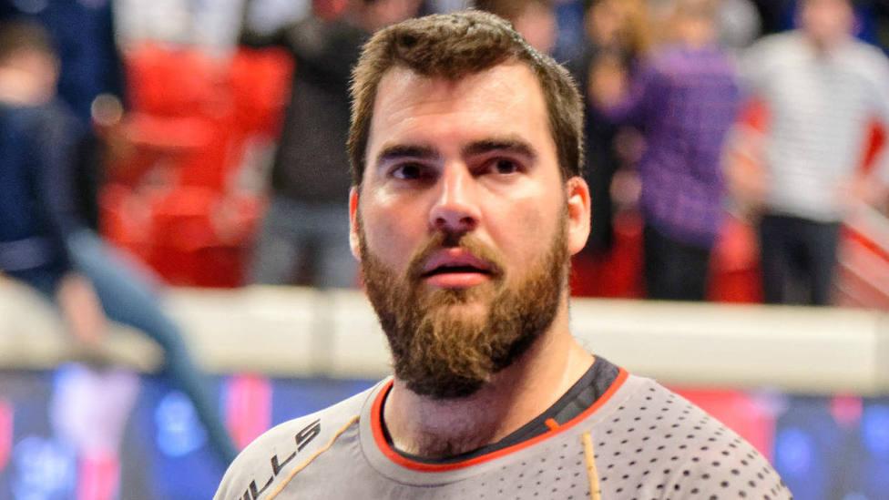 El internacional español de balonmano que deja en evidencia a un independentista en Twitter