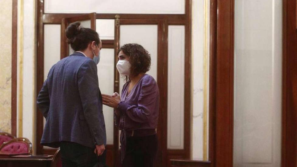 Tensa charla entre Iglesias y Montero en el Congreso
