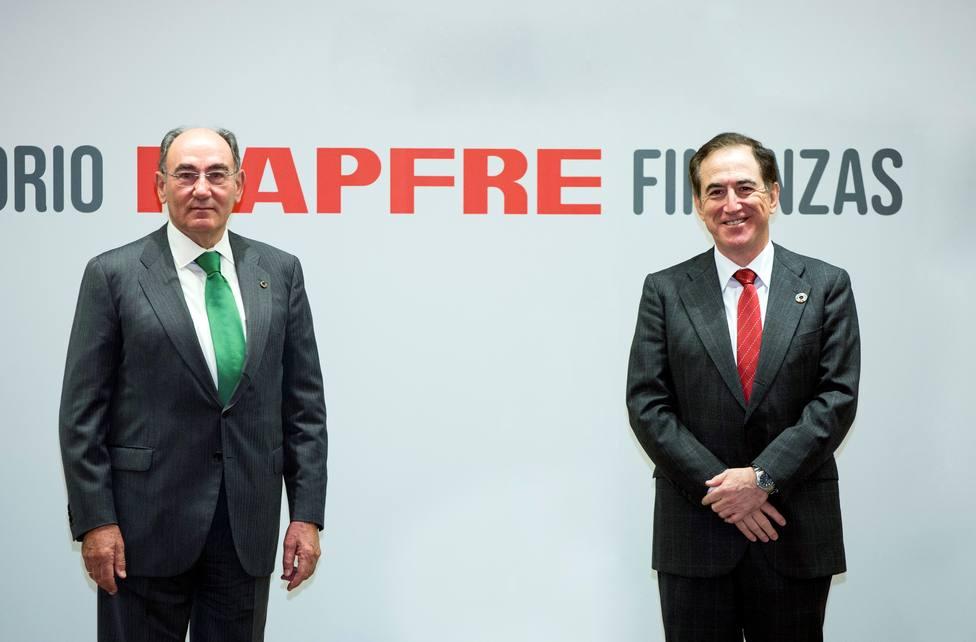 Iberdrola y MAPFRE sellan una alianza estratégica para invertir juntos en energías renovables en España