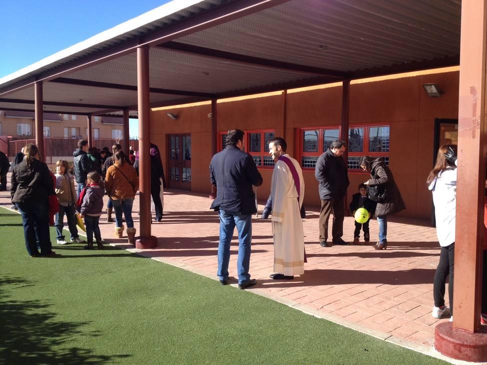 La iniciativa de una joven parroquia de la periferia de Madrid por los más necesitados