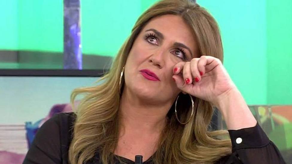 Carlota Corredera rompe a llorar en Sálvame por el recuerdo de una persona muy cercana: Te sentiré cerca