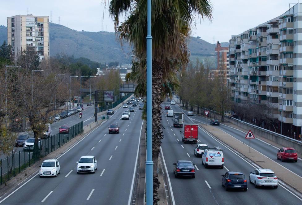 ctv-low-trafico-de-coches-en-la-ronda-de-dalt-de-barcelona-efe