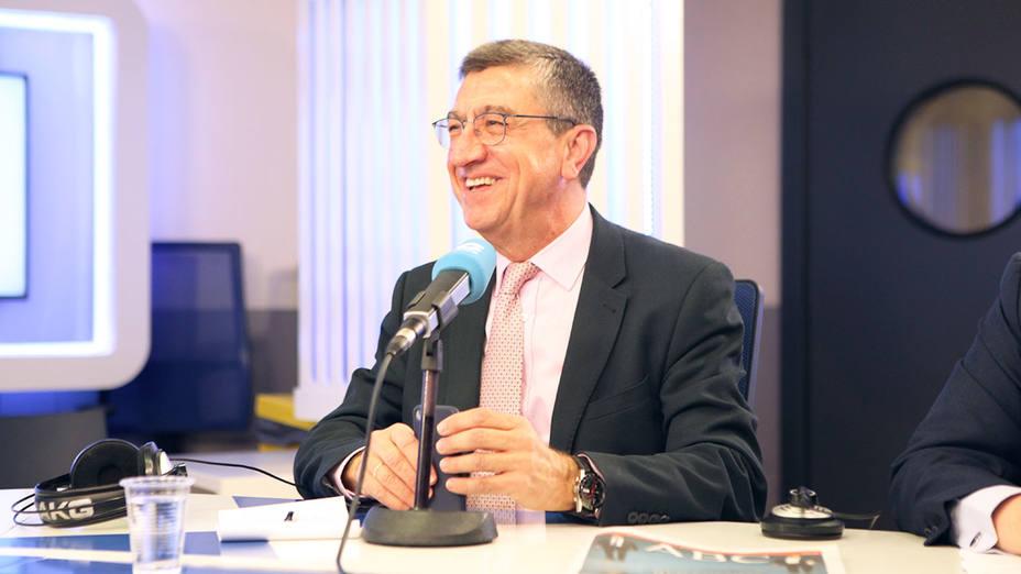 Antonio San José, periodista, contertulio en la entrevista a Mariano Rajoy en Herrera en COPE