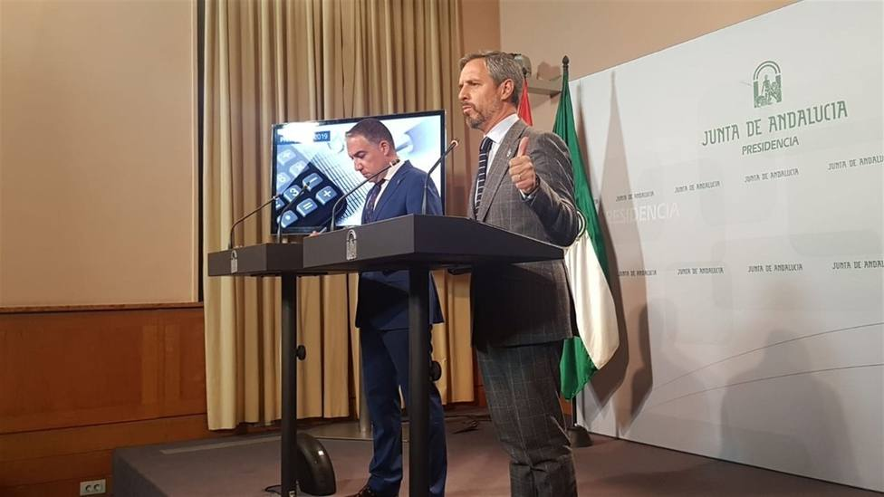 Consejeros de Hacienda , Juán Bravo y de Presidencia Elias Bendodo