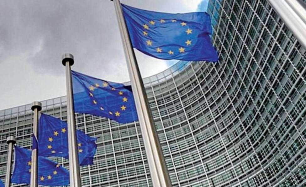 El temor al acuerdo PSOE-Podemos pasa factura a los mercados mientras Bruselas evita posicionarse