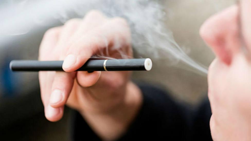 Un estudio confirma que el cigarro electrónico también provoca cáncer
