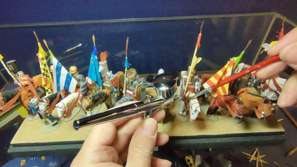 Limpieza de las figuras del Museo