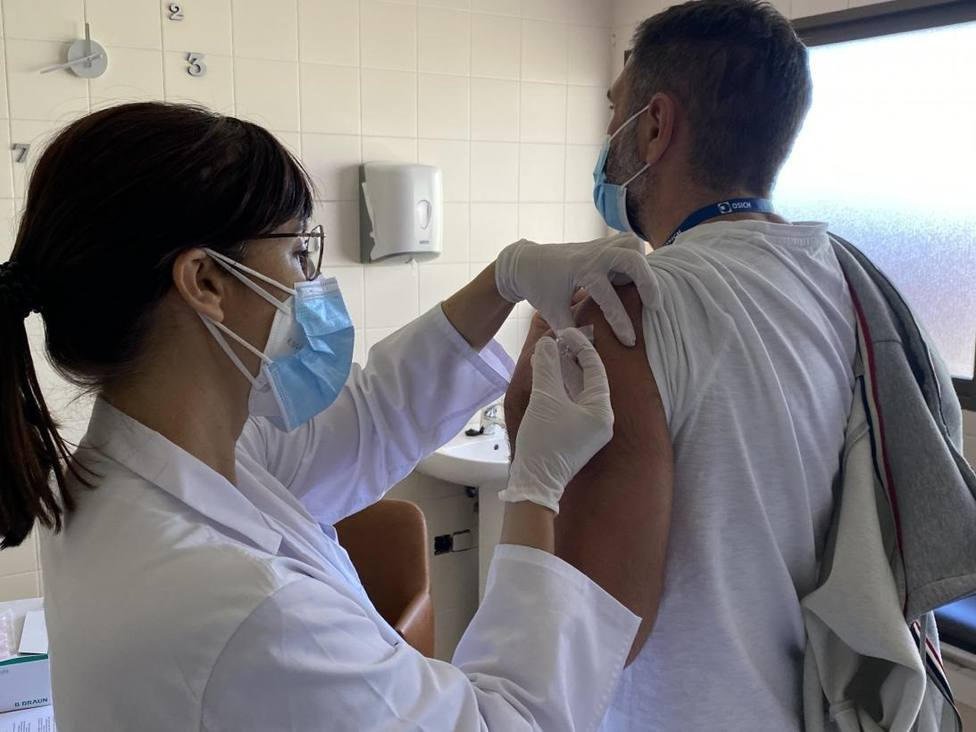 La vacuna de Johnson & Johnson costará menos de 10 dólares y saldrá en 2021