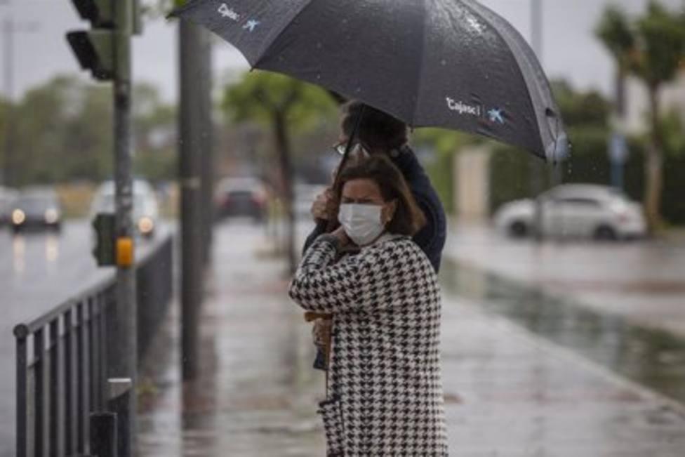 El temporal de viento y lluvia provoca 76 avisos a los bomberos en Cataluña