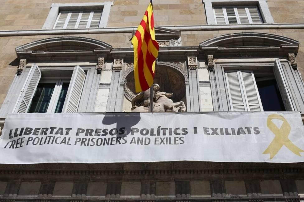 La Generalitat comunica a la Junta Electoral central la retirada de simbología de sus edificios