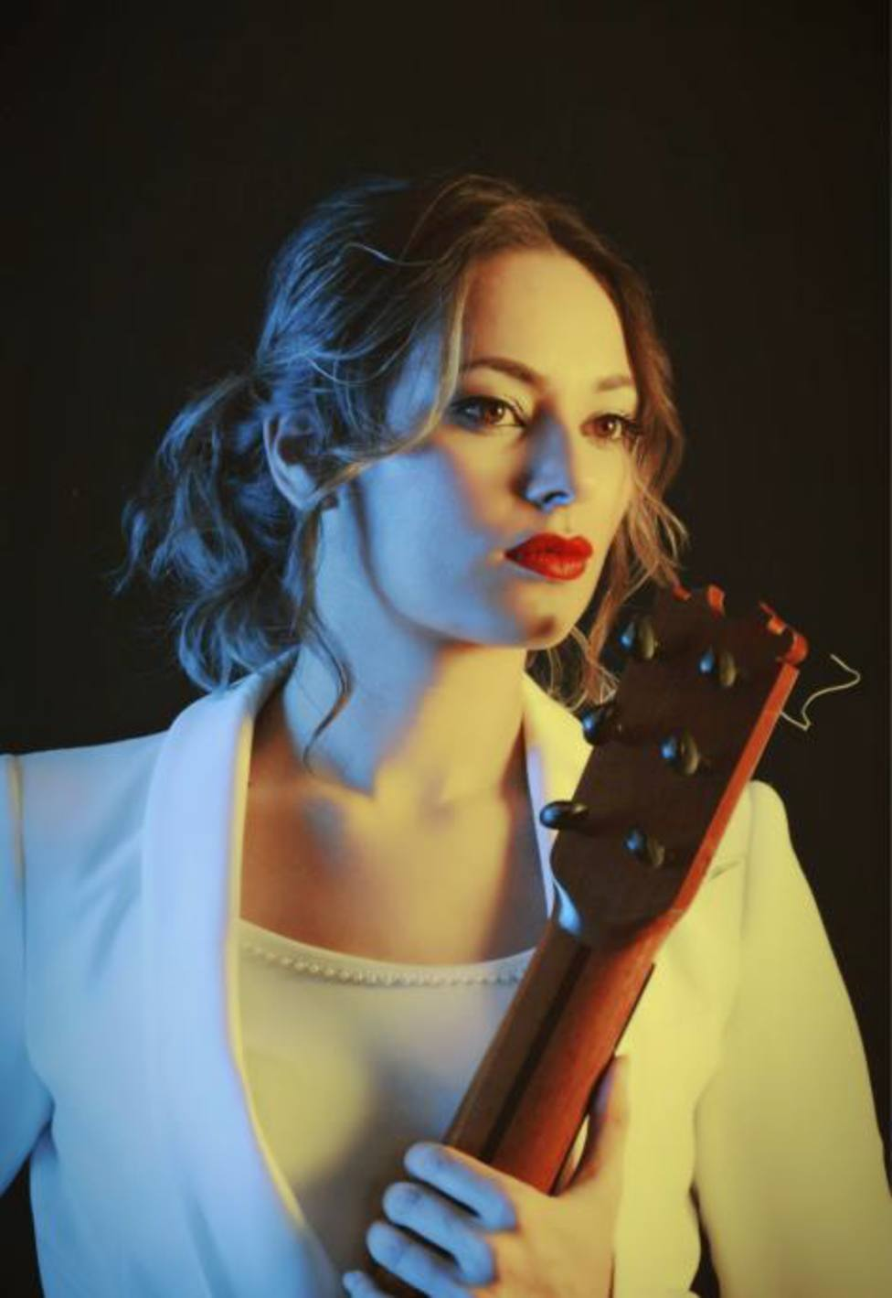 Mercedes Luján abrirá en Sevilla gira nacional para presentar su primer disco