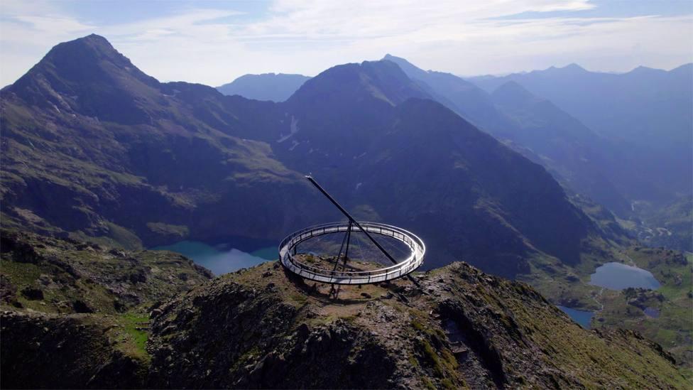 La estación de Ordino Arcalís de Andorra inaugura un mirador solar con vistas de 360º a 2.700 metros