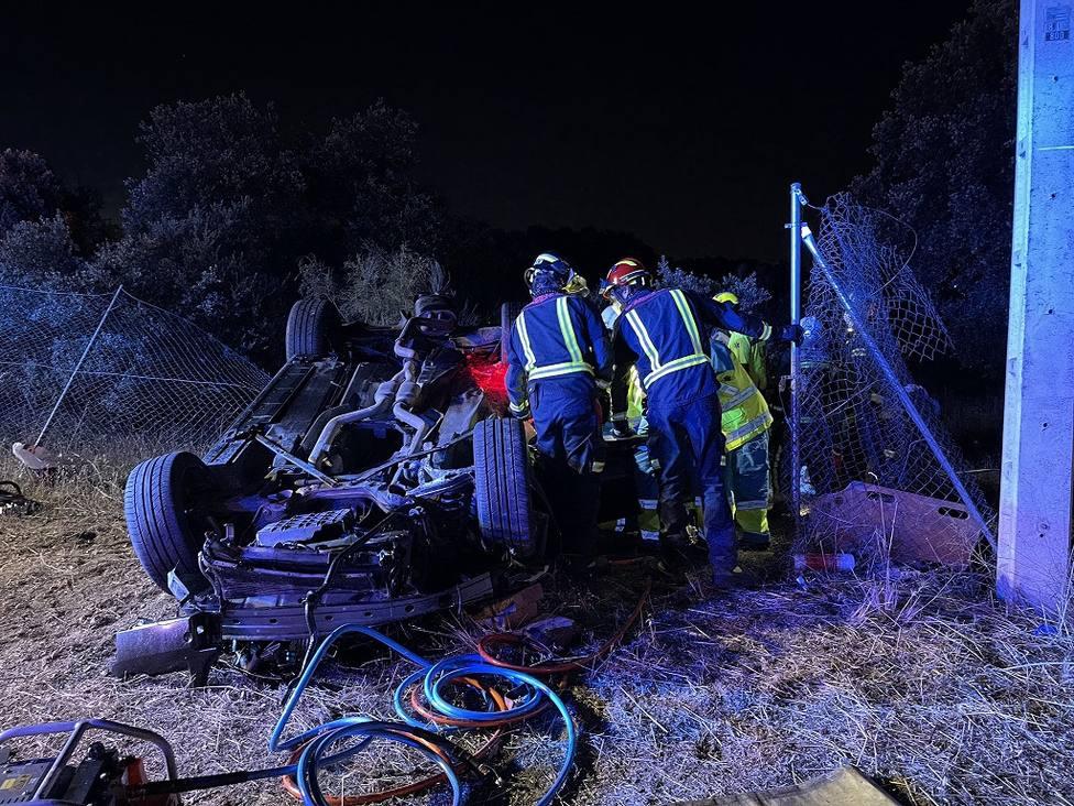 Accidente mortal en el acceso a la urbanización Cerro Alarcón en Valdemorillo