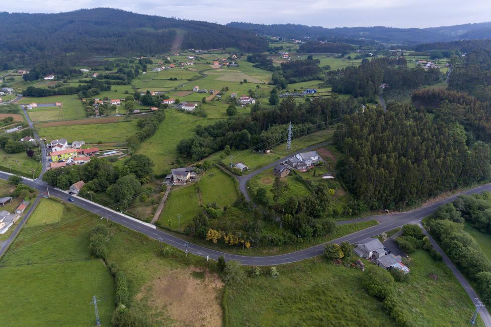 Vista aérea de las zonas de Piñeiros y A Portela, en San Sadurniño - FOTO: César Galdo