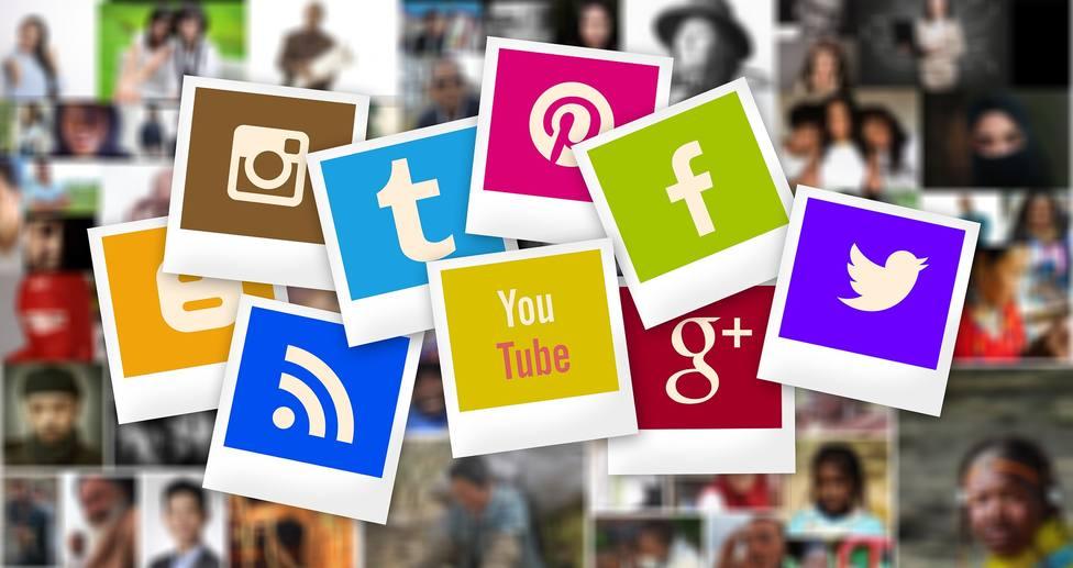 Así pueden evitar las familias los peligros de las redes sociales para niños y adolescentes