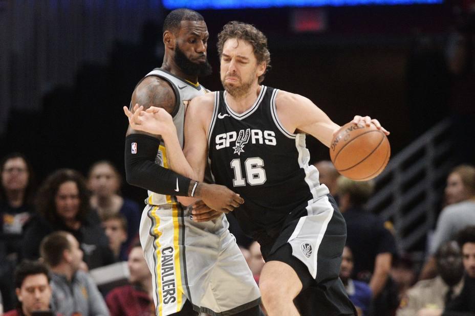 Triunfo muy valioso de Spurs ante los Cavaliers; New Orleans gana en la prórroga a Milwaukee