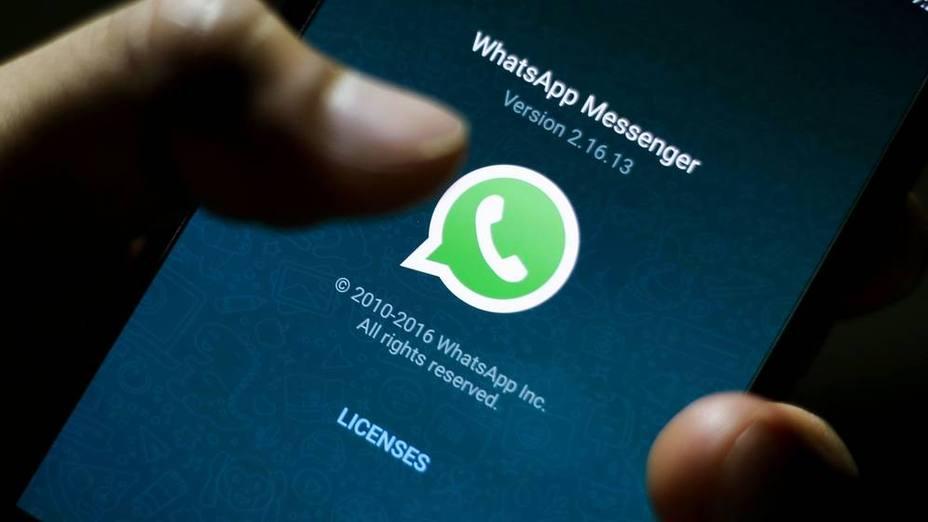 WhatsApp comienza a alertar de los mensajes reenviados