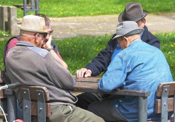 La pensión de viudedad sube a 811,97 euros de media