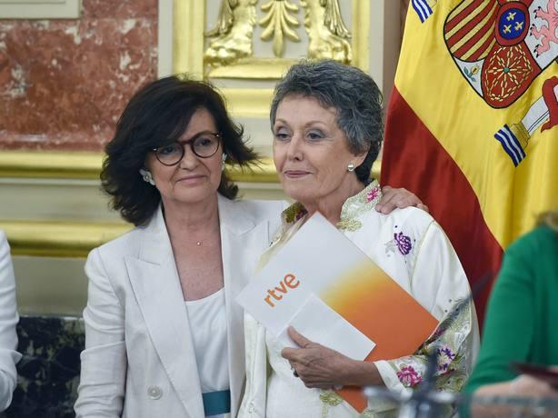 15 cambios en tres semanas: los decretazos de Rosa María Mateo en RTVE