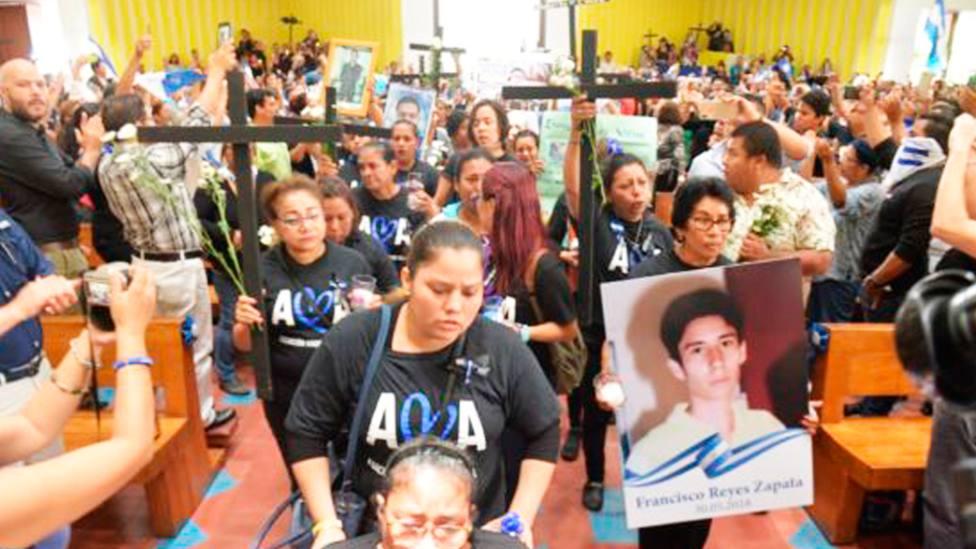 Cristianos nicaragüenses se congregaron para rezar por los fieles todavía presos