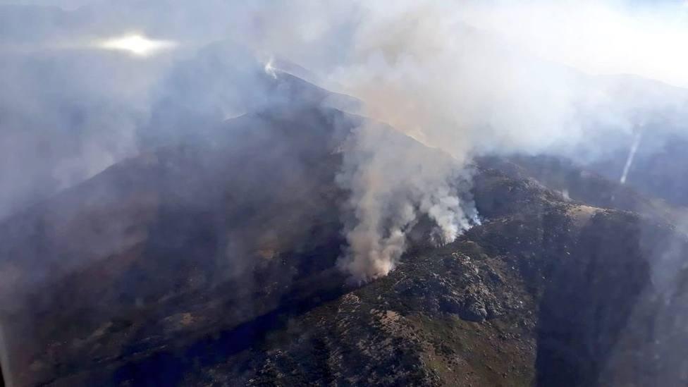 Rebajado a Nivel 0 de peligrosidad el incendio de El Raso (Ávila)