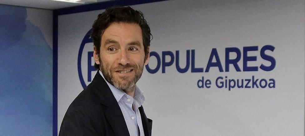 Borja Semper en la sede donostiarra del partido