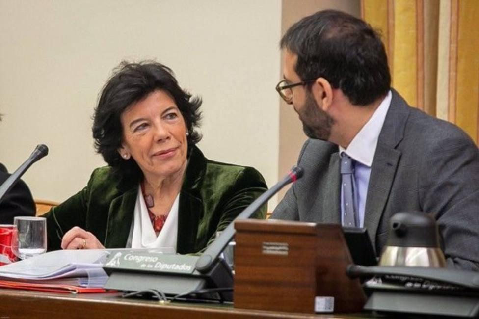 Isabel Celaá y Sergio Gutiérrez