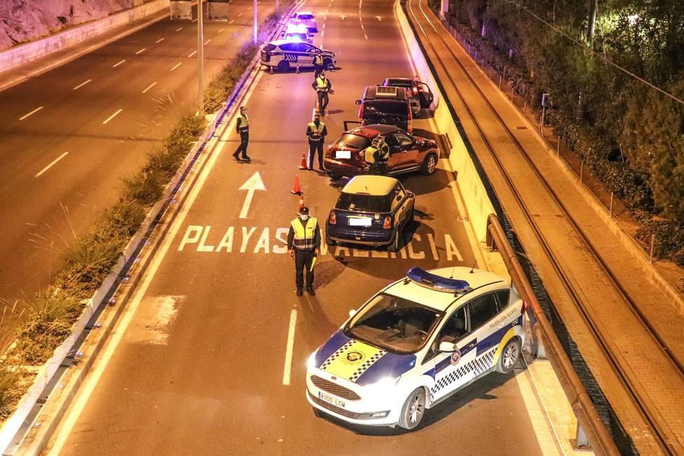 Imagen del dispositivo policial en Alicante (Ayuntamiento)