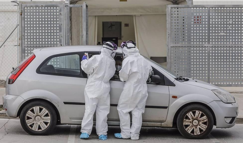AV.- Coronavirus.- Andalucía suma 31 muertes y 958 casos y rebaja su tasa por segundo día seguido