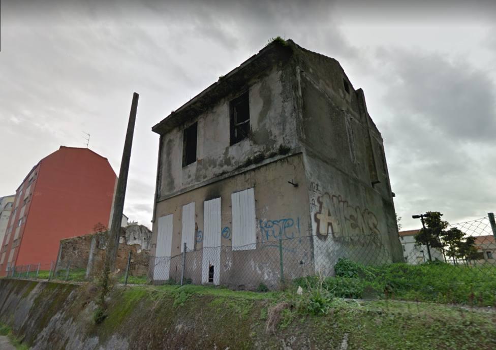Vivienda abandonada en la Calle Puerto Rico