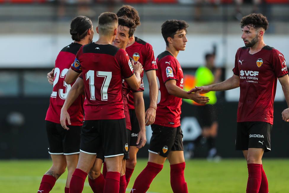 El Valencia se impuso 3-2 al Cartagena.