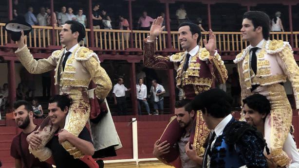 López Simón, David de Miranda y José Garrido, a hombros en Toro (Zamora)