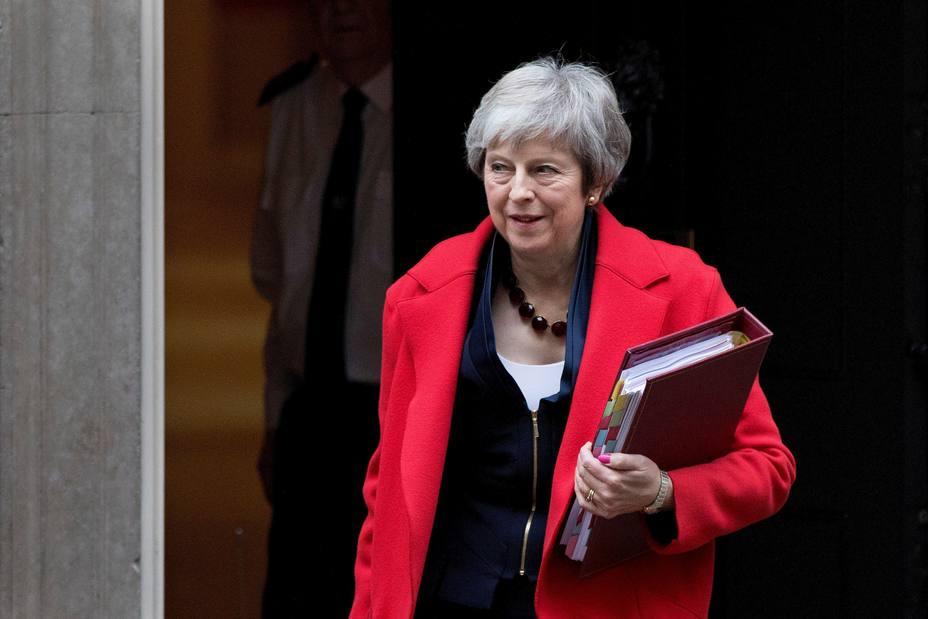 Theresa May acude a sesión de control