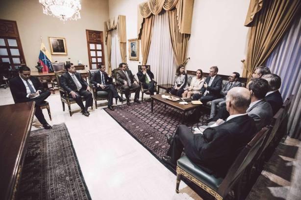 Guaidó se reúne con embajadores europeos: Nos reiteraron su apoyo para que logremos elecciones libres