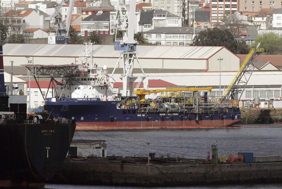 Buque en el que se produjo el accidente cuanto estaba en carenas de Navantia Ferrol - FOTO: Efe / Kiko Delgado
