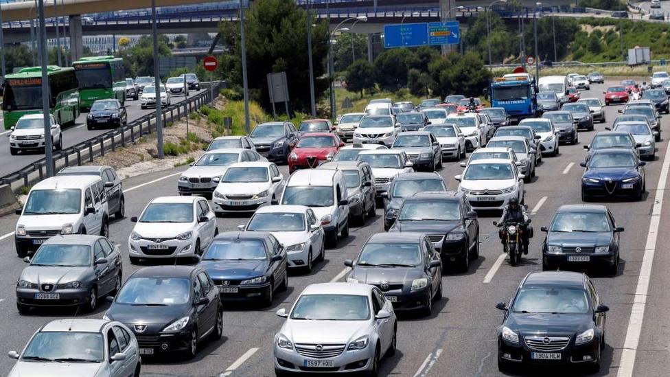 Arranca la primera gran operación de tráfico del verano, con más radares y agentes