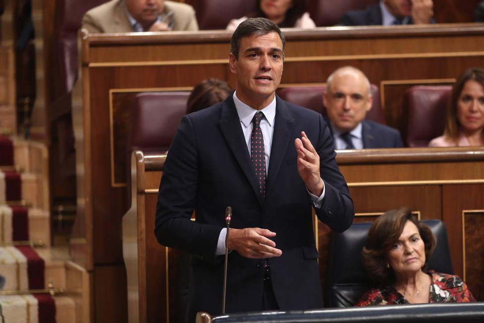 Sánchez invita a Rivera a sentarse a negociar y el líder de Cs acepta pero sólo para aplicar el 155 en Cataluña