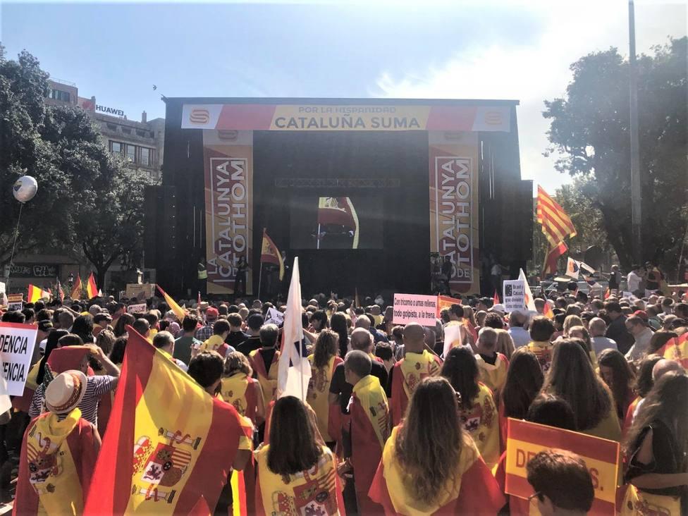 Unas 10.000 personas en la manifestación constitucionalista en Barcelona, según la Guardia Urbana
