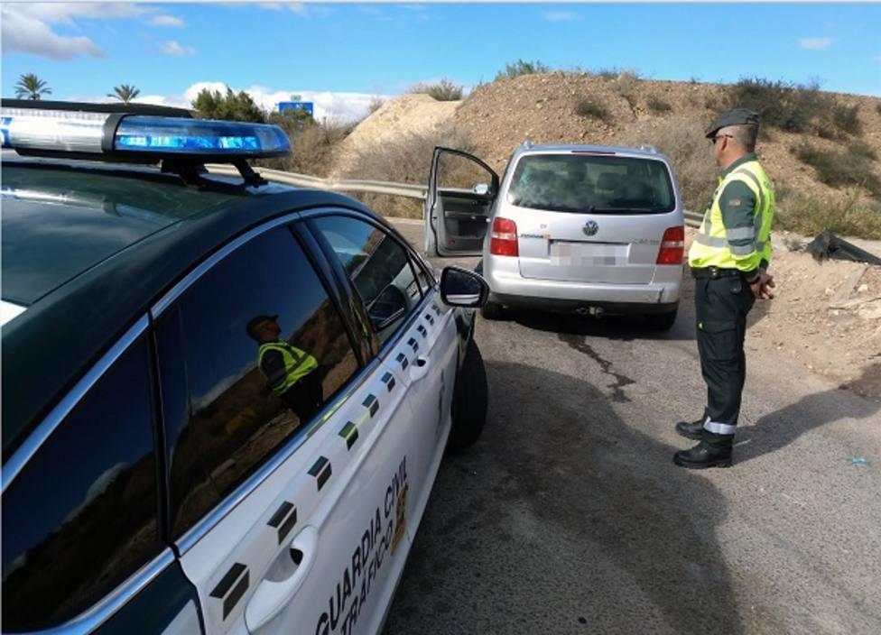 Detenido un individuo por conducir drogado, a gran velocidad y de forma temeraria en la A-7
