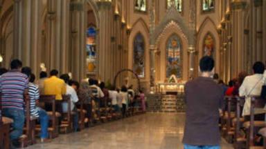 El típico error que cometes al entrar en una iglesia y no lo sabías
